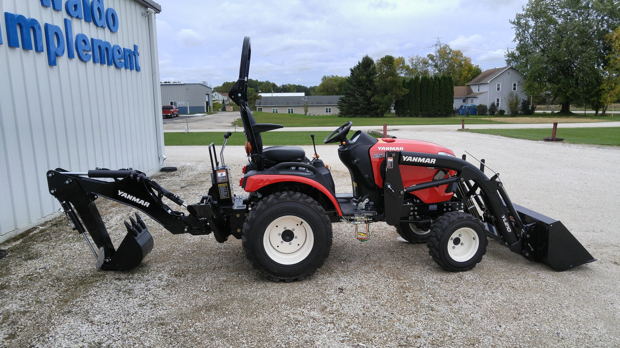 Yanmar 324 24 HP* DIESEL TRACTOR | Mowtown Waldo Implement Inc