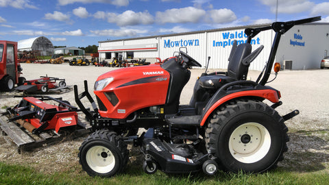 Yanmar 424 24 HP* DIESEL TRACTOR (image shown may contain optional equipment)