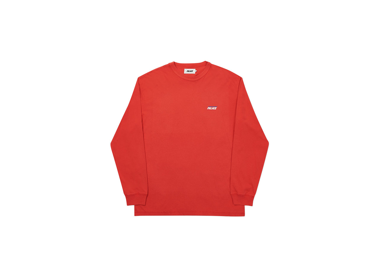 BASICALLY A LONGSLEEVE WASHED RED