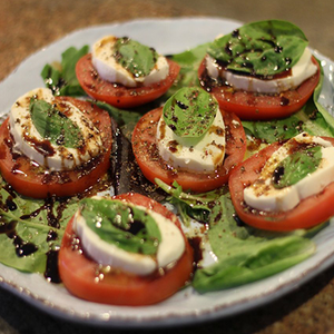 Kate's Kitchen: Caprese Salad