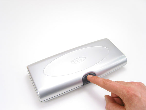 Storus Smart Jewelry Case® - silver top view one touch pressing to open