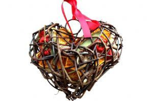 Dried Fruit Wicker Case - Heart