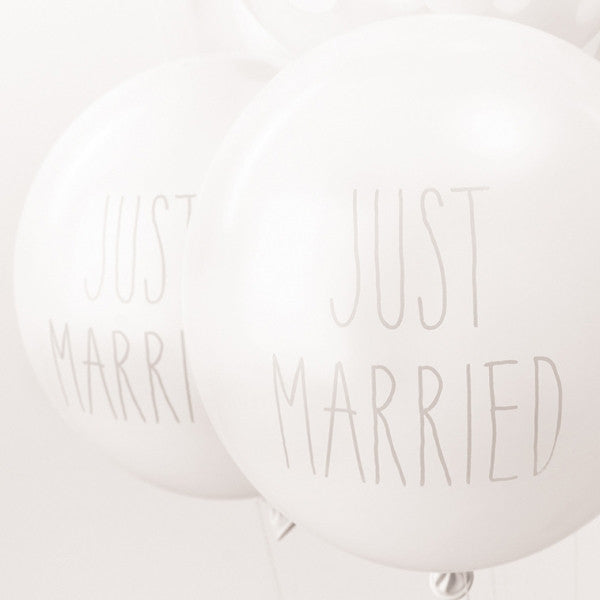 Just Married Printed Pack of 12 Balloons