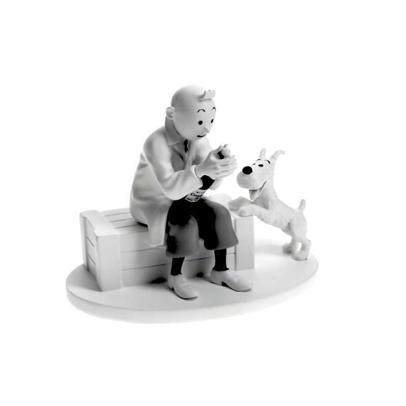 Monochrome Polyresin Tintin and Snowy with Champagne