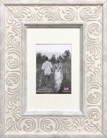 Shabby Chic Provence Cream / Grey Distressed Ornate Wedding Photo Frame 6x4'' With Soft Cream Mount