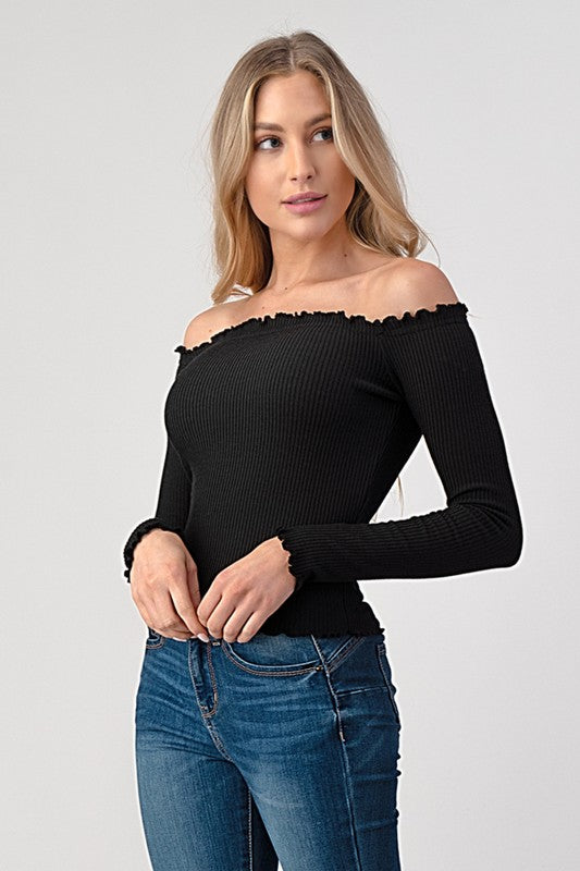 CUTE AND READY TOP