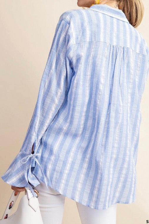 HAMPTON BAY BUTTON DOWN
