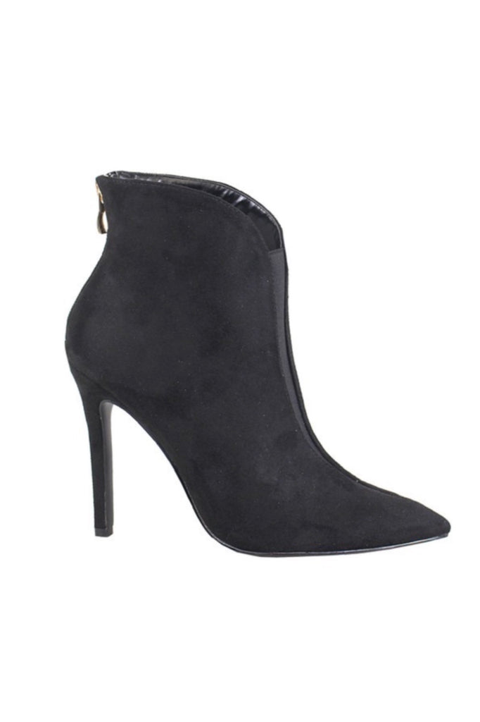 TAKE IT ON WITH A BOOTIE