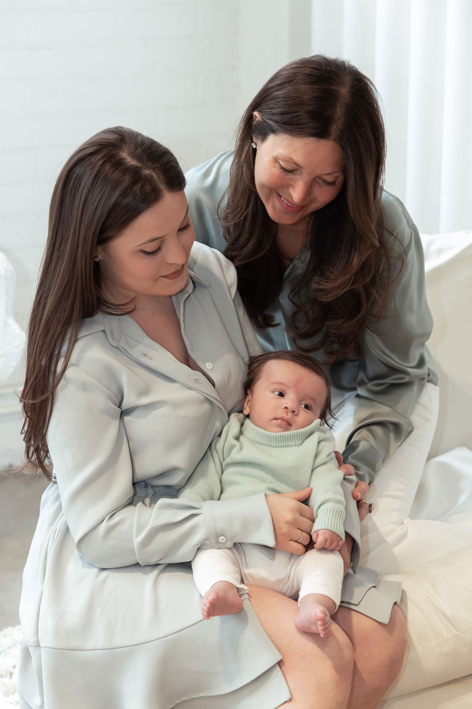 White-Story-Mother's-Day-Camapign---Maryanne-&-Priscilla-with-Luca