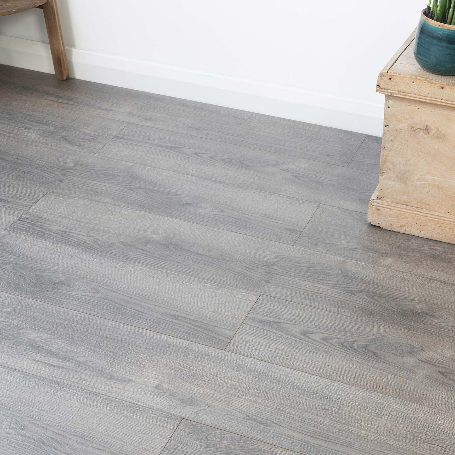 Rustic Grey Oak Laminate | AC5 12mm
