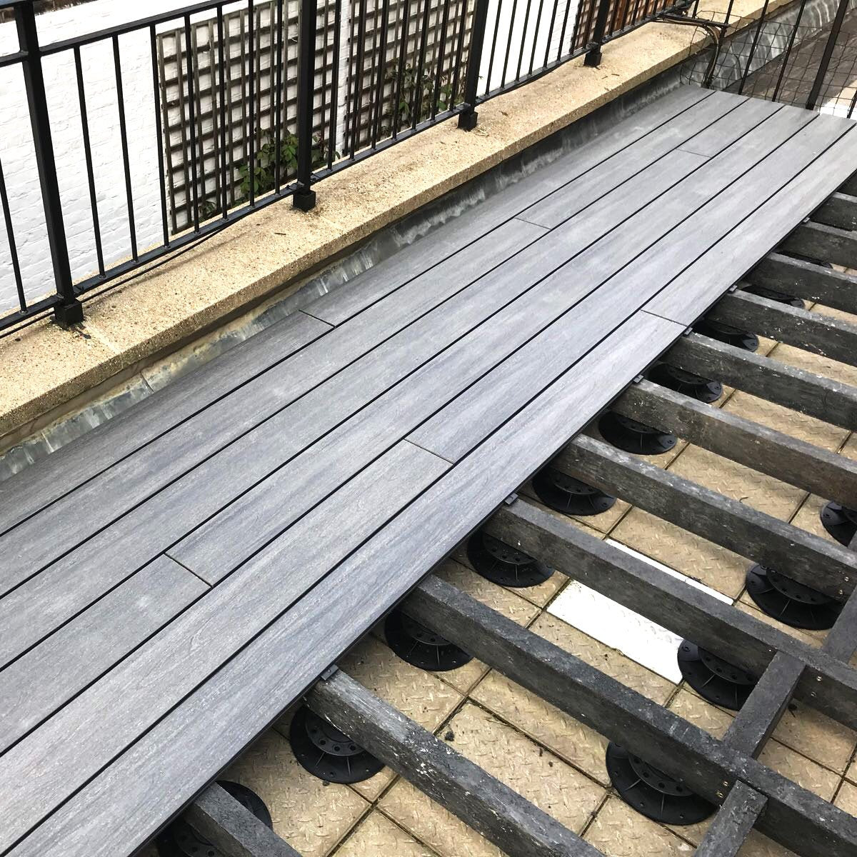 160-260mm Decking Riser