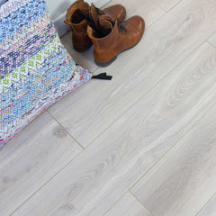 Sisu Laminate White Ash