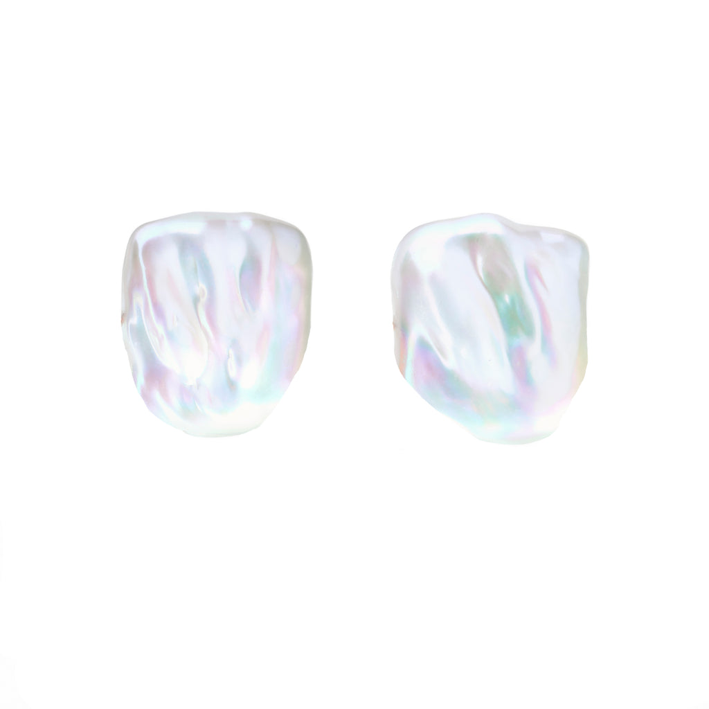 XXL SABRE PEARL STUD EARRINGS