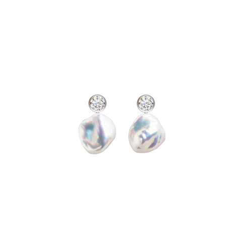 SOLIA KESHI PEARL EARRINGS