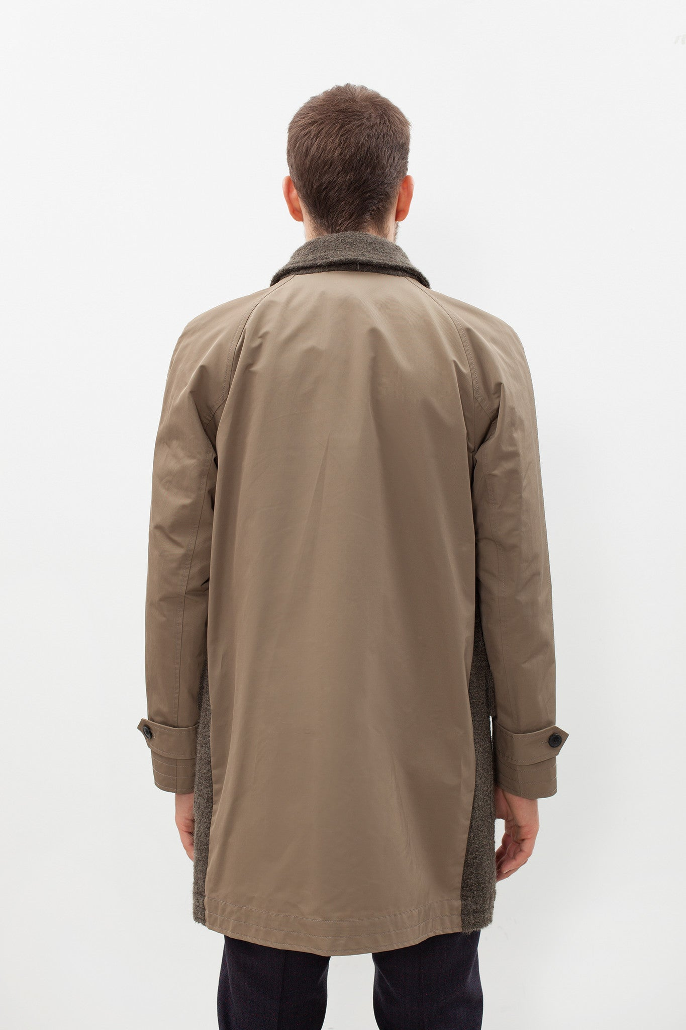 Raglan Maniche Coat in Olive
