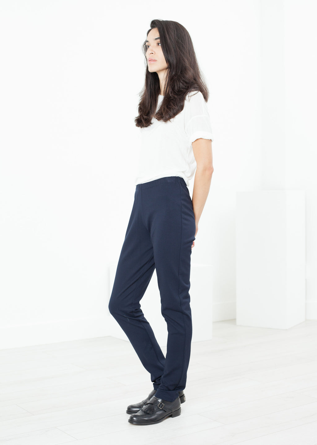 Easy Slim Pant in Navy