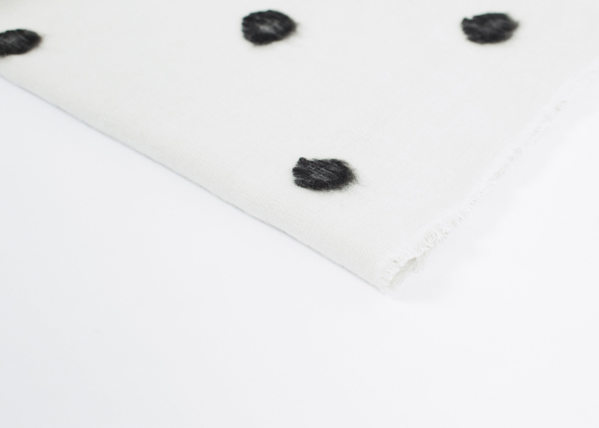 Cashmere Dot Shawl in Black/White