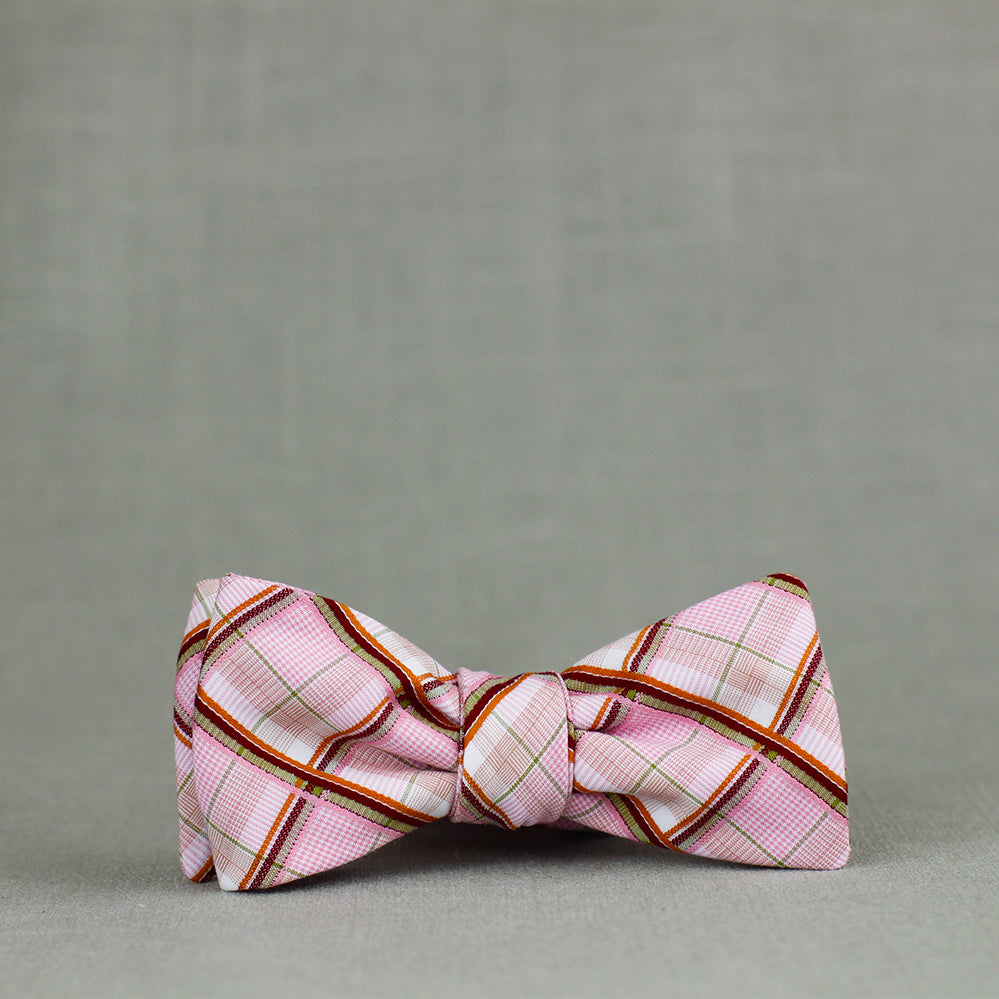 pinkie plaid batwing bow tie