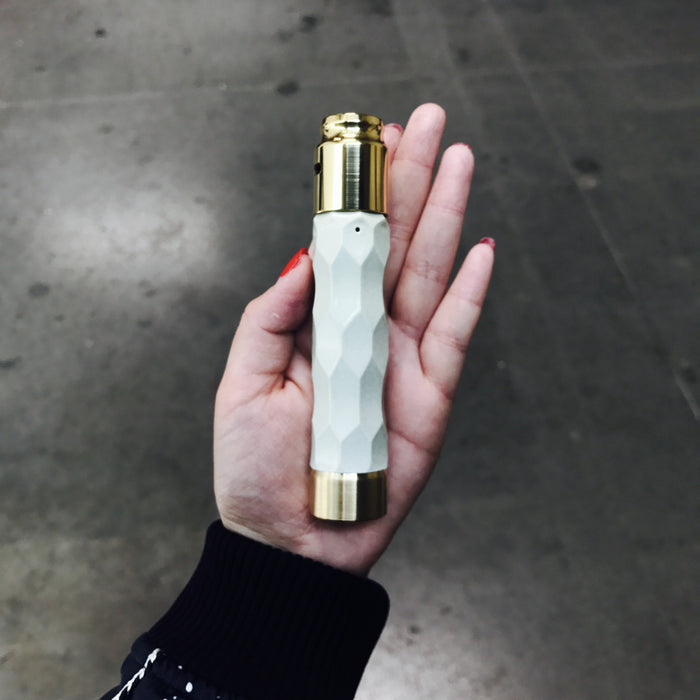 COMP LYFE -GLOW MOD - THE CLOSER MOD ALL WHITE - THE VAPE SITE