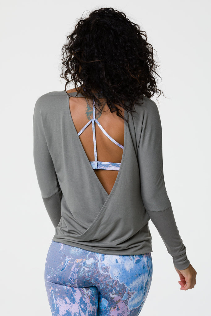 Onzie Yoga drapey V back top