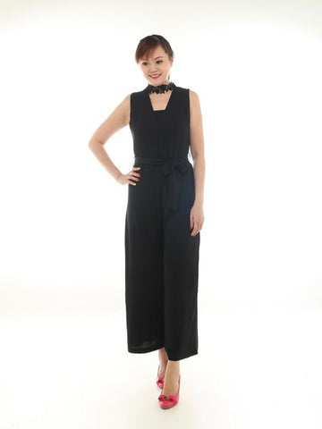 Villi One-piece pants (Size S)