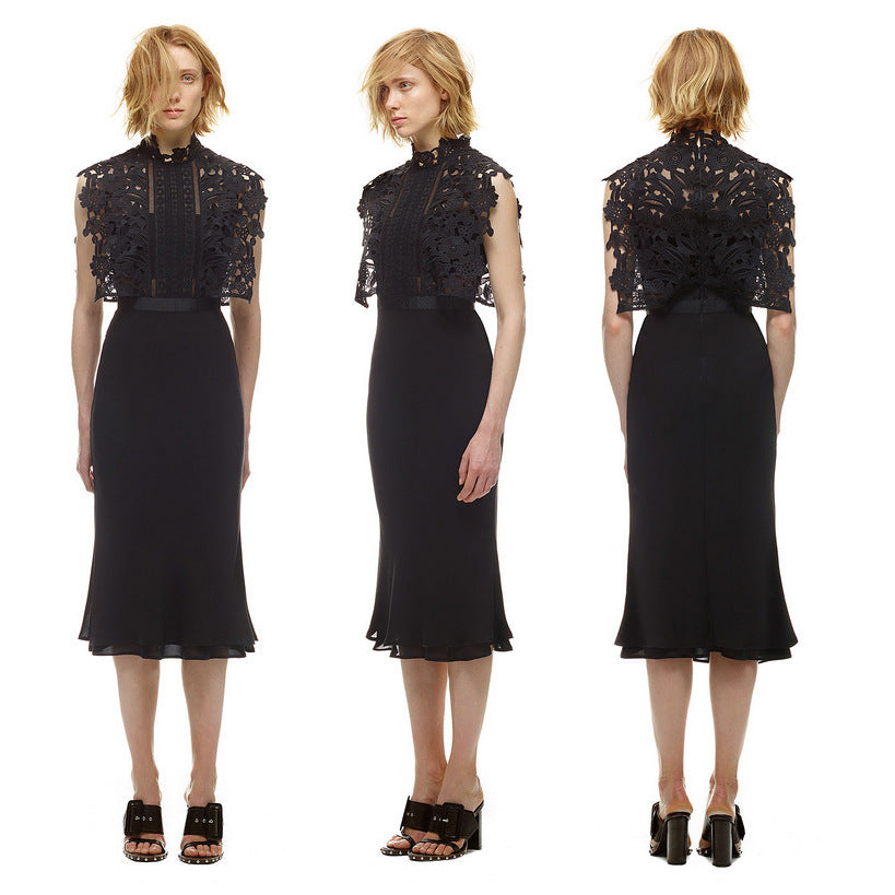 Luxe- Poxy Lace Midi Dress