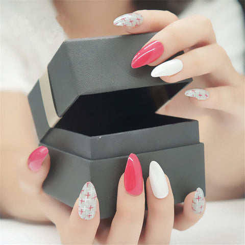 Criss Cross Pink Stylish Stiletto Nails