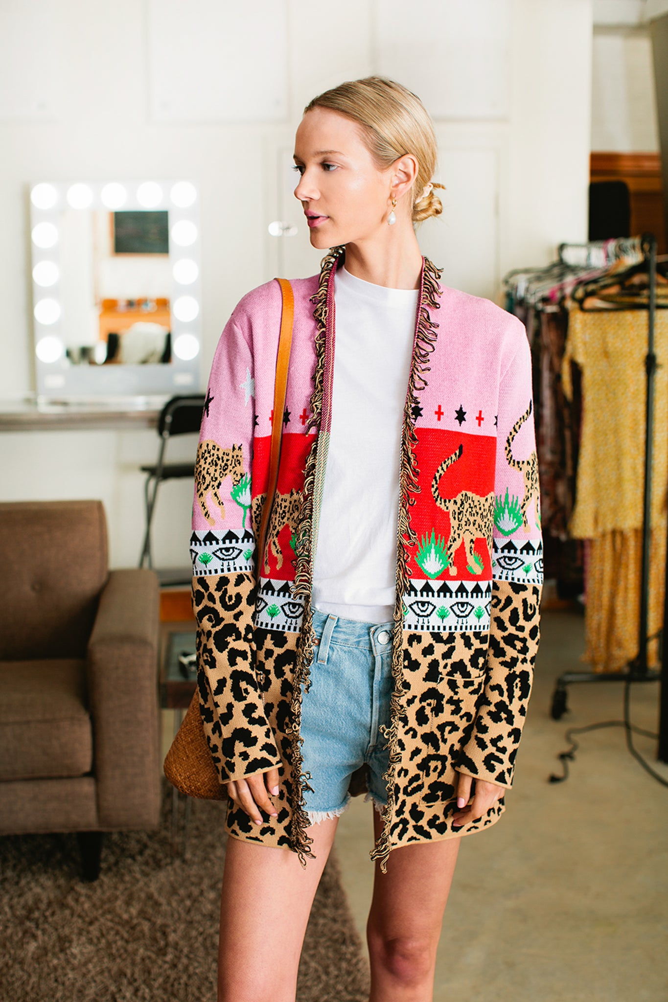 Leopardess Short Cardigan 3