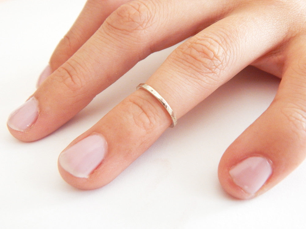 FACETED MIDI ring