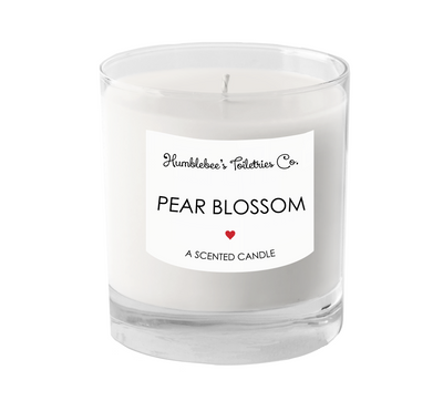 PEAR BLOSSOM A SCENTED CANDLE