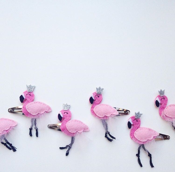 Cherished Flamingo Hairclip