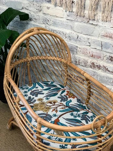 Wattle and Gum Bassinet sheet