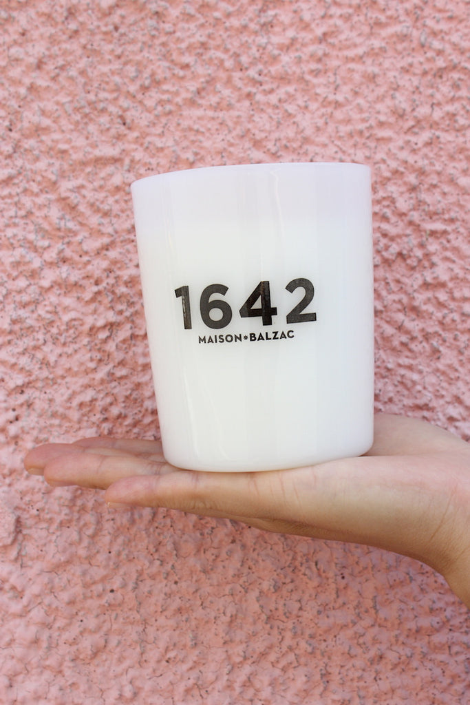 Candle - 1642