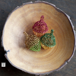 Acorn decor - rustic autumn beauty