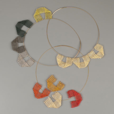 Keep it simple - a new geometric wire crochet necklace