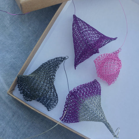 Whale fins in wire crochet - Yooladesign