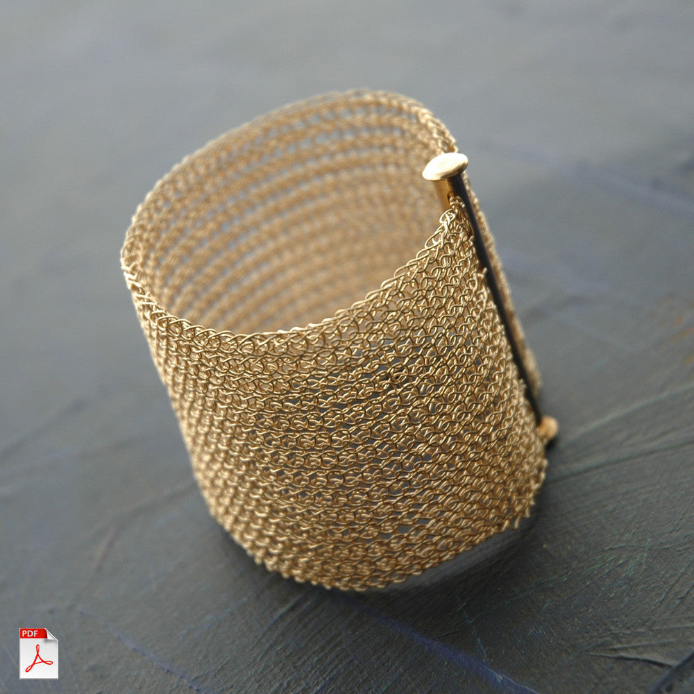 How to crochet a Cuff Bracelet , PDF pattern - Yooladesign