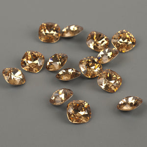 SOLD - Champagne Swarovski crystals 12mm faceted cushion - Yooladesign