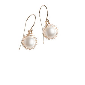 Small PEARL earrings - Drop pearl earrings - Yooladesign