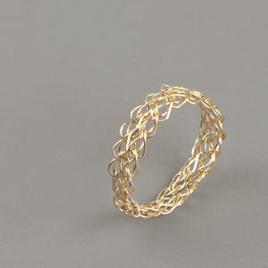 Thin gold ring - Yooladesign
