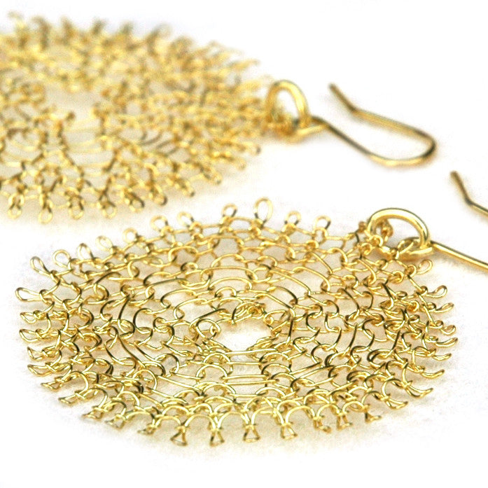 Chic gold disc earrings - crocheted with 14k gold filled wire - Yooladesign