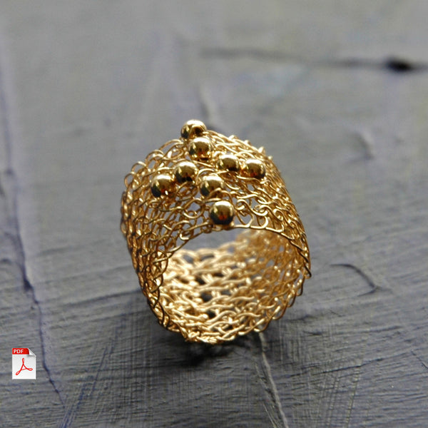 Wire crochet ring - Cross ring in gold