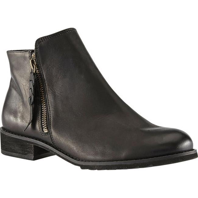 WC Kason Black Ankle Boots