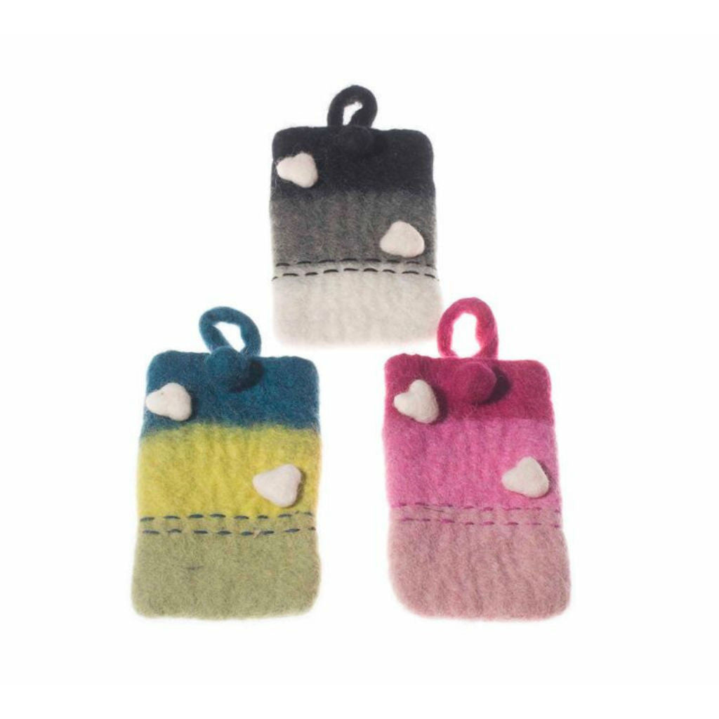 Hearts Mobile Felt Case