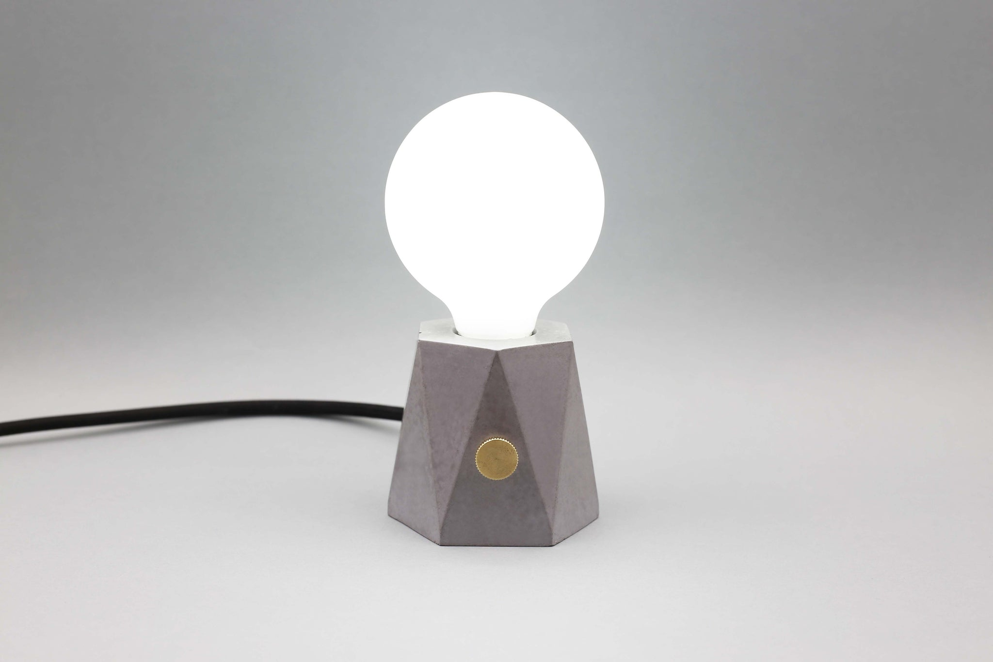 TABLE LAMP . LED . HONG KONG DESIGN . HONG KONG DESIGNER . DESIGN 1 + 1