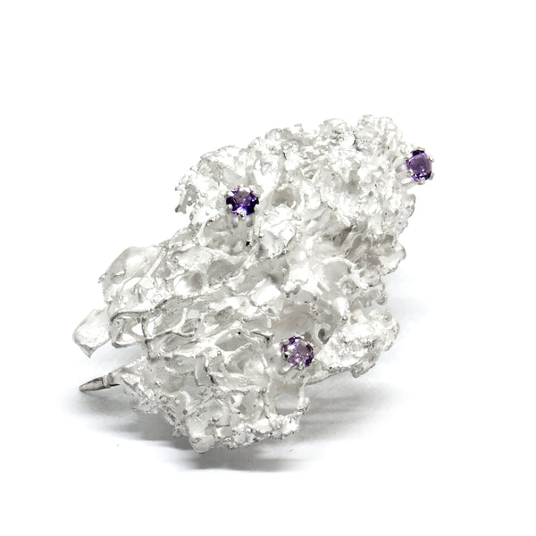 "Brooch ""MOSSI"" with Amethysts - Ehestu's Special Edition"