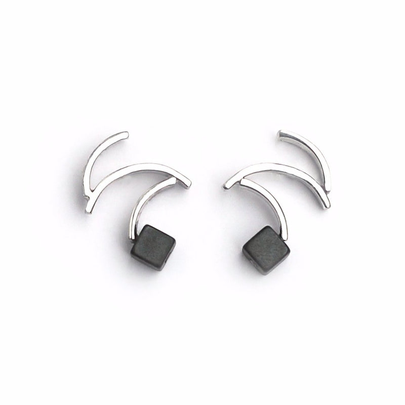 "Earrings ""Zorro In Black"" with hematites"