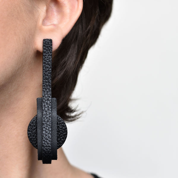 "Long Earrings ""VENICE"" Black"