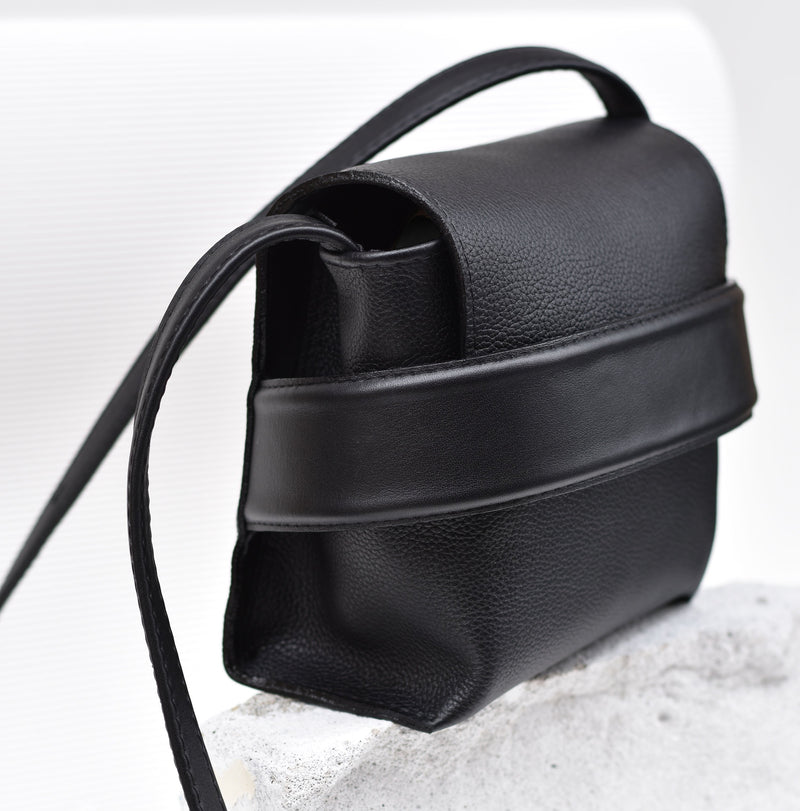 "Luce Shoulder Bag ""Black"""