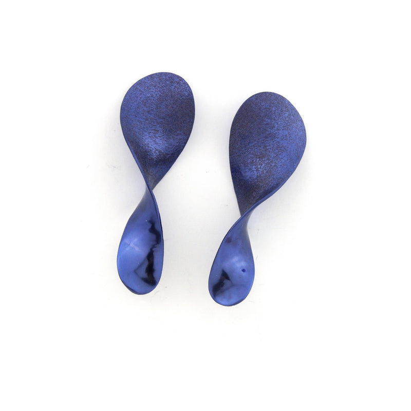 "Nano Rounded Earrings ""Purplish Blue"""